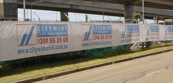 signage_event-construction-fence-wrap